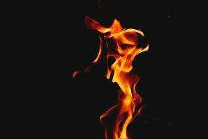 אש זרה
