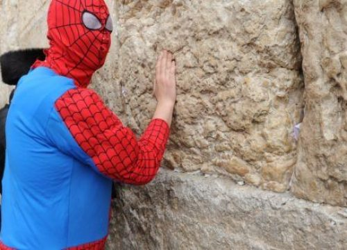 What lessons can we learn from Purim