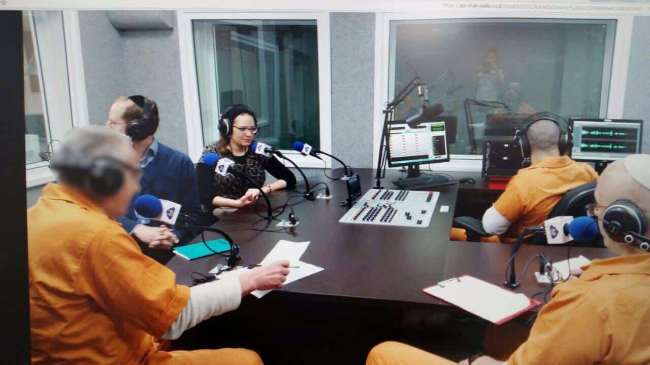 בתמונה: אולפן הרדיו בכלא איילון. צילום: כלאי אפרת פאריס)